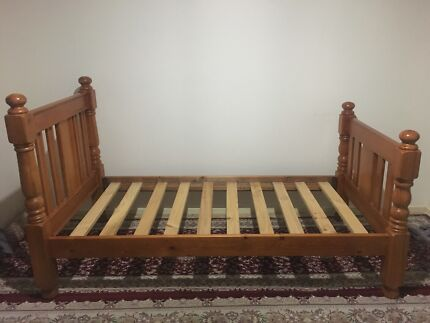 Timber single bed