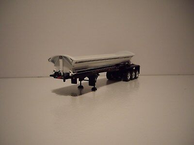 DCP FIRST GEAR 1/64 TRI-AXLE WHITE WITH BLACK FRAME SMITHCO SIDE DUMP