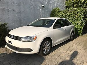 2011 Volkswagen Jetta, automatic, AC * financing possible*