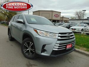 2017 Toyota Highlander LE| 7 PASS| DUAL DVD |BACK UP CAMERA|