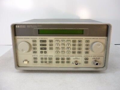 Hp Agilent 8647a Signal Generator W Opt 1e5 250khz To 1000mhz - Tested