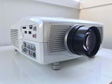 Projector - virtually brand new