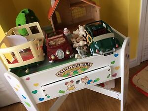 Calico critters table, car, treehouse, etc