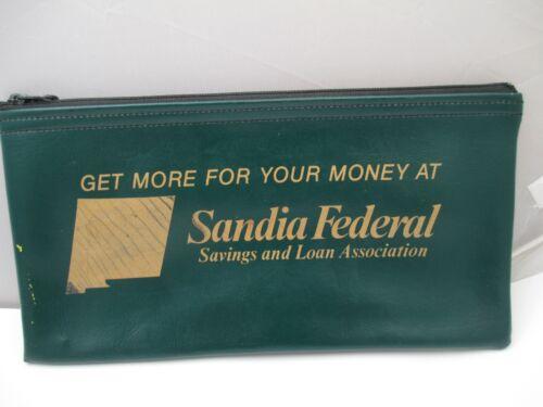 Vintage Scandia Federal zipper bank bag