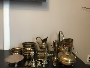 Variety of brass housewares - includes 17 pieces