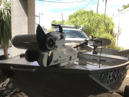Water snake electric boat motor