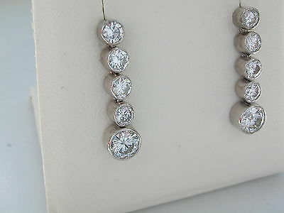 1.50ct Diamond drop Earrings. Diamond Earrings. Diamond-set earrings. 18ct Gold