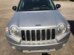 ***Jeep Compass 2007 **150000km***automatique*** A/c