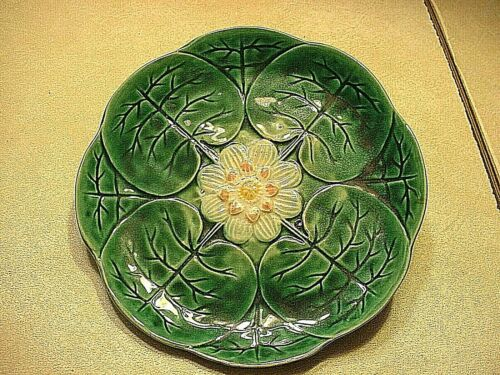Antique English Majolica Water Lily Plate