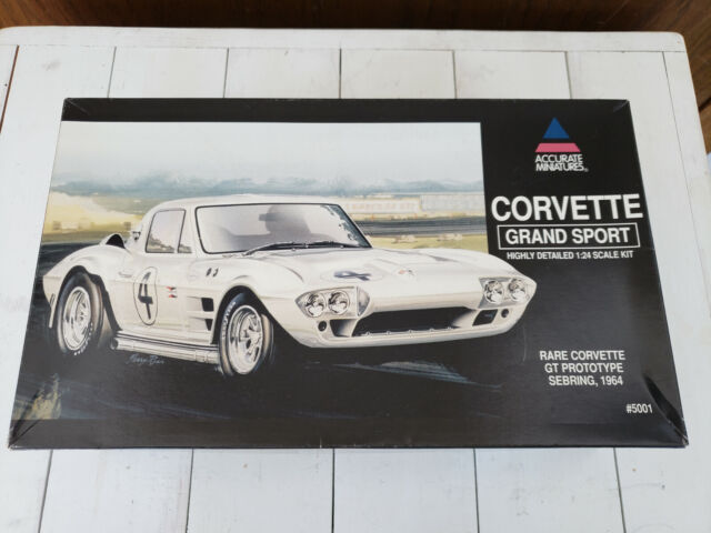 Accurate Miniatures Corvette Grand Sport GT Prototype Sebring 1964 1/24 Kit