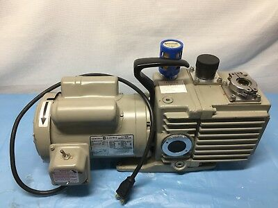 Leybold Trivac D8a He-175 1hp 17251425 Rpm 2-stage Rotary Vane Pump Works