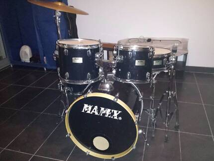 Mapex V Series Drums with Cymbals and Stands Rockdale Rockdale Area Preview