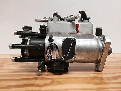 Massey Ferguson 1130 1135 Tractor Diesel Fuel Injection Pump - New C.a.v.