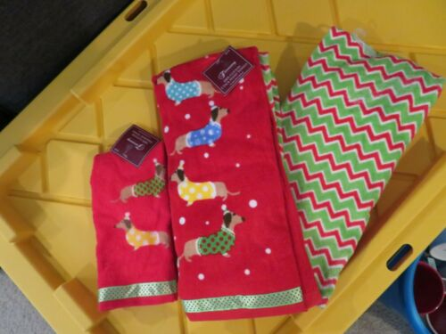 Christmas Dachshund Sweater Dogs Red Green Hand & Tip Towels NWT