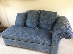 chaise buy or sell chairs recliners in oakville halton region