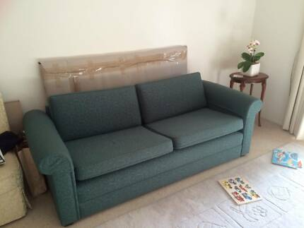 Solid timber 2.5 seater sofa Wollstonecraft North Sydney Area Preview