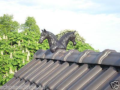 Pferd Pferdekopf Pferdeköpfe Dachschmuck Firstschmuck Dachreiter