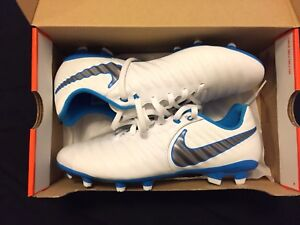 Nike TIEMPO brand new soccer cleats / football boots