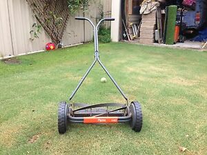 Push lawn mower Taperoo Port Adelaide Area Preview
