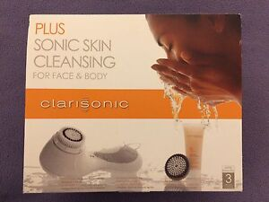 Clarisonic face and body sonic cleanser