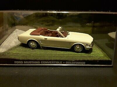 """Ford Mustang Convertible 1964 James Bond """"Goldfinger"""" diecast car in scale 1/43"""