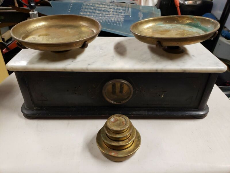 H (Henry) Troemner Old Balance Scale Antique w/ Wood Base , Marble Top & weights