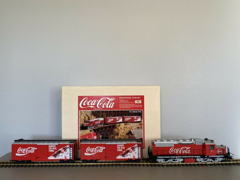 LGB 72854 :: Limited Edition #192 Coca-Cola Super Set w/ Diesel Loco & 2 Boxcars