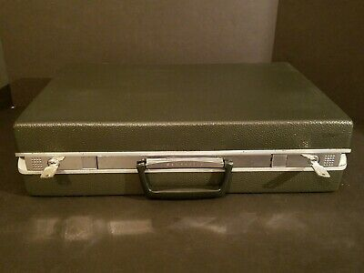 "Vintage Samsonite Briefcase Hard Shell Grey With (2) Keys - 18"" X 12"" X 4.5"""