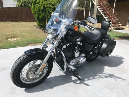 Harley Davidson XL1200 sportster custom in great condition