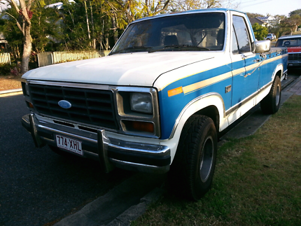 1984 Ford F100 Ute truck
