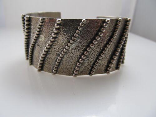 NEAT HANDMADE STERLING SILVER WAVE DESIGN CUFF BRACELET