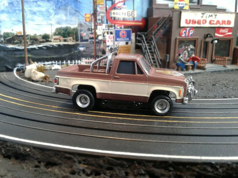 REPLICA GMC FALL GUY TRUCK AFX SLOT CAR BODY , HO , 19 SOLD