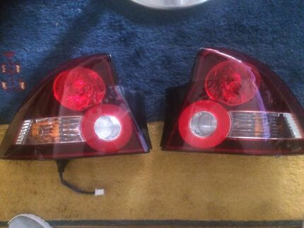 Vy ss tail lights