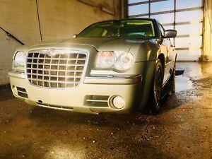Chrysler 300c 5.7 hemi 340HP!