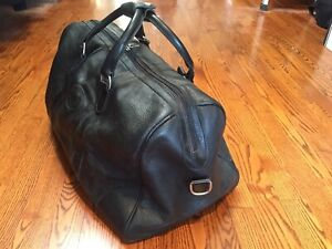 a38c6d6e1ab6d6 Beautiful Soft Leather Roots Black Prince Overnight Bag