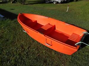8 ft pioneer poly dingy