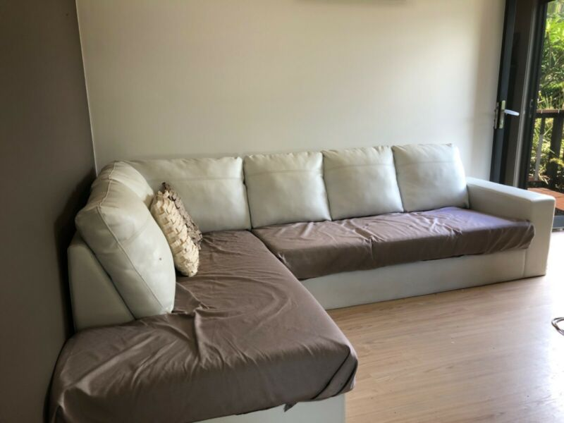 FREE - Large White Sofa | Sofas | Gumtree Australia Maroochydore Area - Dulong | 1264138534