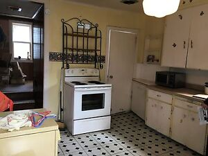 174 Adelaide St #6 - 3Bdrm North Heated™