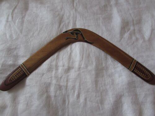 """19"""" vintage pine wood BOOMERANG Australia kangaroo folk art 1989 Boonga toy"""