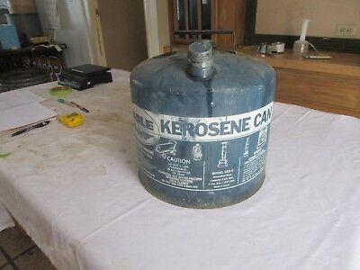 Vintage Eagle Blue 5 Gallon Kerosene Oil Gas Can  Lot 18-89-3