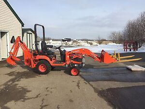 Kubota  backhoe loader 4x4