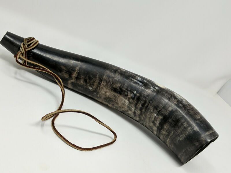 """Blowing Horn Steer Cow Bull Horn 14"""" Leather Thong"""
