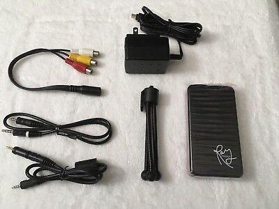 Ray displays video LED mini projector