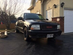 2001 GMC SONOMA SLS 4.3 116,537kms TRADE FOR MOTORCYCLE