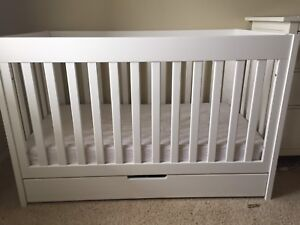 Babyletto Mercer 3-in-1 Crib, Toddler Bed, storage-great cond!