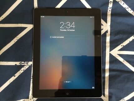 iPad 2 32 GB Wi Fi Only (includes cover and USB cable)