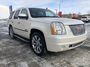2010 Yukon Denali loaded  low Kms