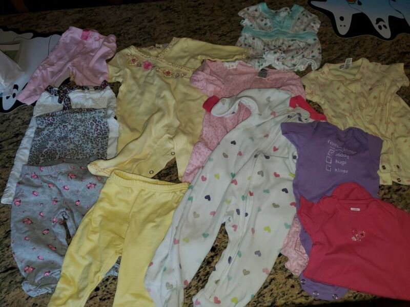 Baby Girl Size 6 Months-12  Piece Lot-- Fall/winter Carters Euc!!