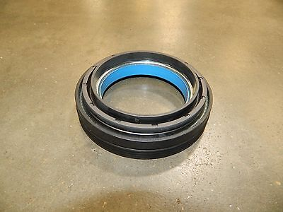INNER AXLE KNUCKLE VACUUM HUB SEAL FORD F250 F350 DANA 50 OR 60 FRONT 1998-2004 Dana 60 Front Inner Axle