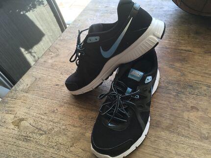 Nike Revolution 2 Joggers